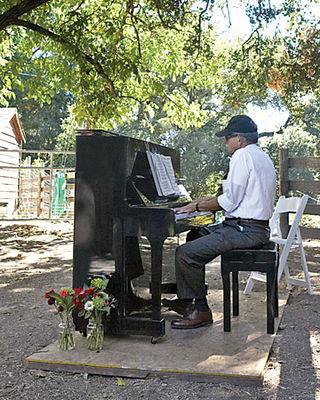 Mws1644_1_fal08_piano_xl