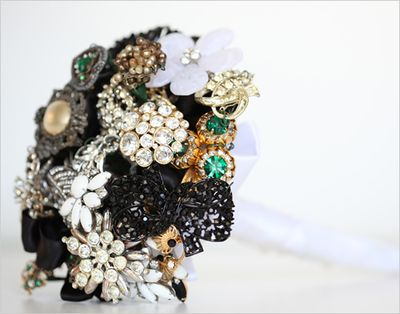 Brooch_wedding_boquet2