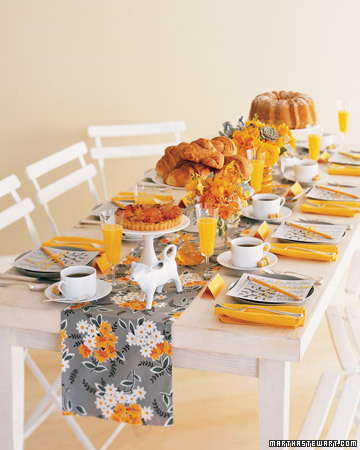 Mwa102833_spr07_brunchtable_xl