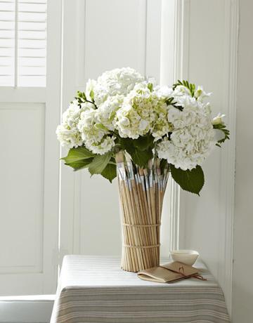 March-crafts-paintbrush-vase-0311_lg