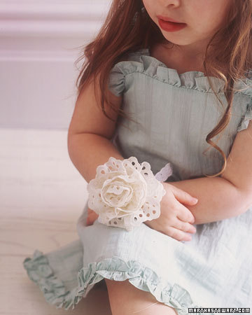 Msw_su_06_eyelet_flower_xl