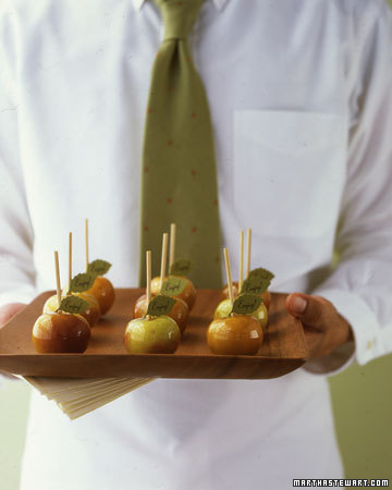 Mini-caramel-candied-apples