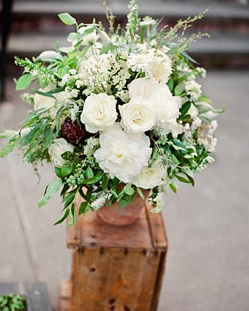 Rw-stephanie-ben-flowers_xl