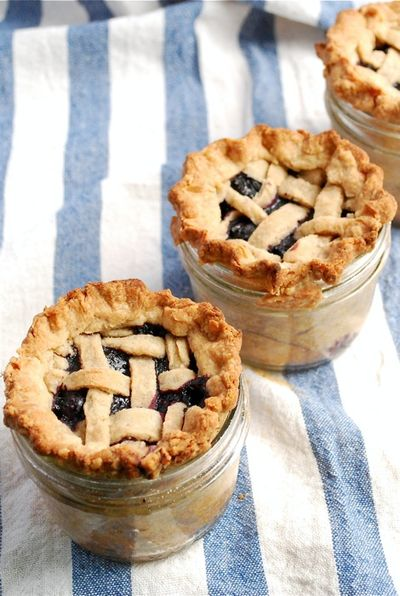 Lattice-Top-Blueberry-Pie-in-a-Jar