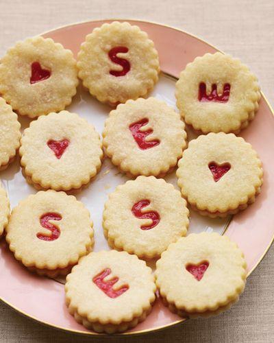 Mwd105451_spr10_cookies_hd