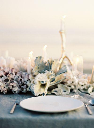 Oncewed-jose-villa-joy-thigpen-coral-centerpiece-beach-wedding-reception