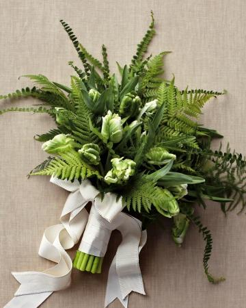 Fern-bouquet-mwd108262_vert