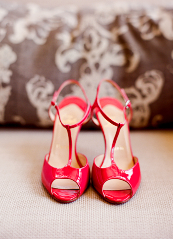 Red_shoes_lisalefkowitz