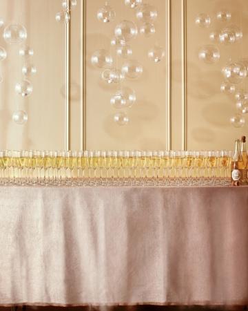 Champagne-101-mwd107933_vert