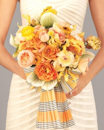 Stripes-bouquet-mwd108186_vert