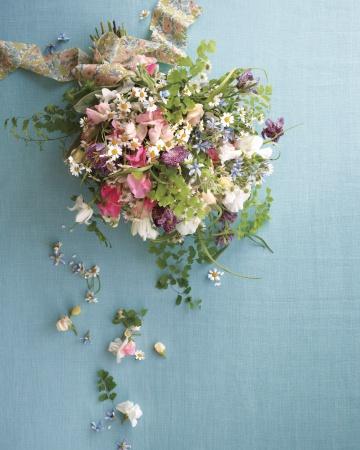 Fabric-flowers-libertyb8-md108763_vert