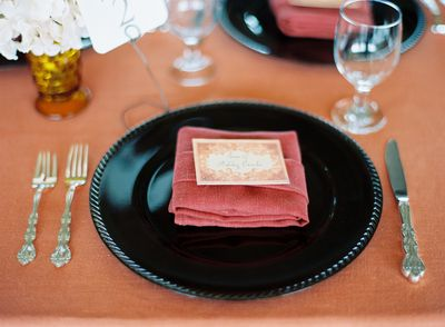 Wedding-reception-name-cards-escort-cards-place-setting-coral-black