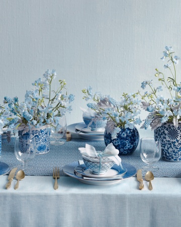 Palette-blue-centerpiece-mwd108489_vert
