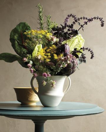 Garden-arrangement-116-mld109140_vert