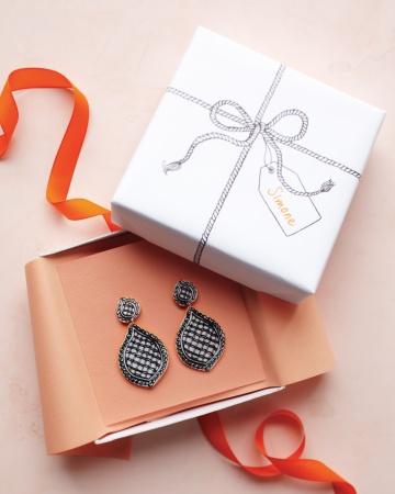 Trompe-loeil-earring-box-mld108866_vert