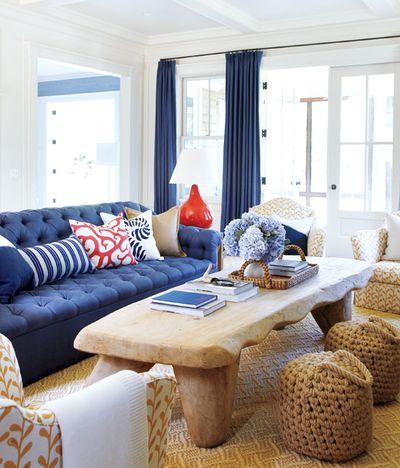 Hamptons-blue-living-room