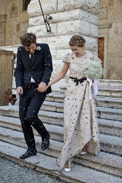 Wedding-in-italy-bride-wore-valentino-prada-dress-wedding