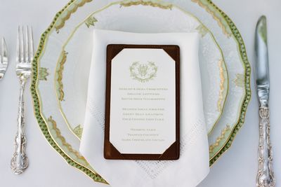 Southern-Weddings-Green-and-White-Place-Setting