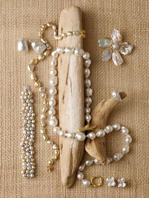 Ver-pearls-1009-1-mdn