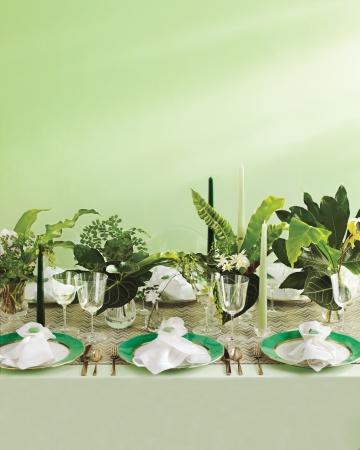 Table-setup-c-521-comp-mwd109950_vert