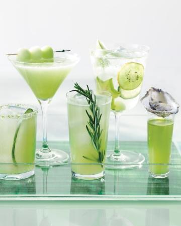 Cocktails-b-243-md109950_vert