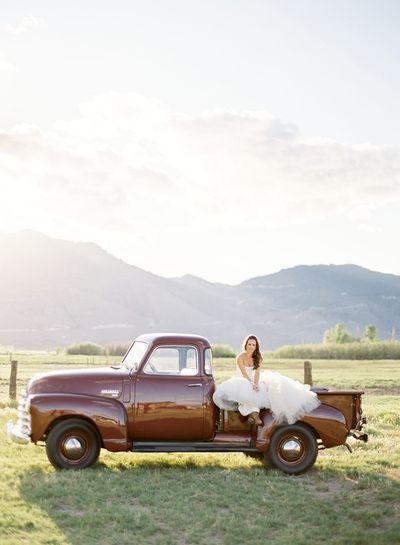 Tahoe-horse-bride-groom