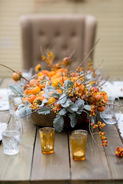 Thanksgiving-centerpiece-persimmons