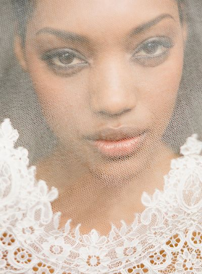 Lace-wedding-veil-ideas3