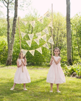 Real-weddings-abby-julian-0711-239_vert