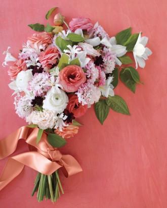Fabric-flowers-chintzb2-md108763_vert