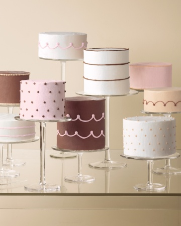Cakes-586-mwd110197_vert