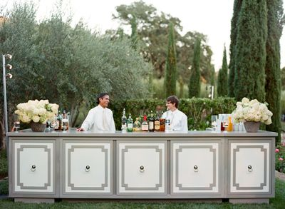 Elegant-outdoor-bar-wedding-19